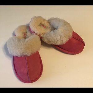 UGG Scuffette Hot pink Slip On Slides 11